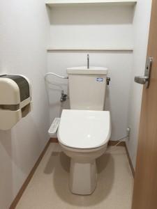 222トイレ